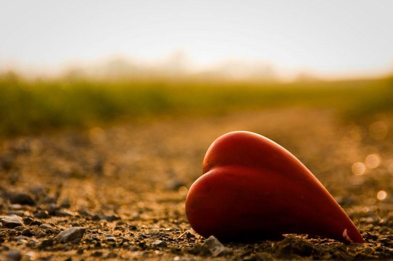 يوم عيد الحب : 7 حقائق مظلمة ل قصة الفالنتاين الحقيقية Valentine's Day